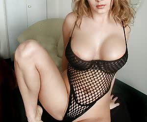 Sexy Babes In Fishnets