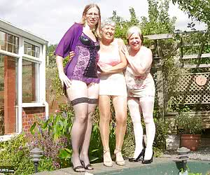 Hello Boys I had just finished a hot Photo and Video shoot with my Friends Savana and Speedybee at The studio known as R
