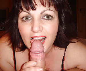 A cum loving amateur lady in this blowjob gall