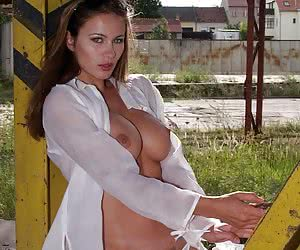 Brunettes with Nice Tits