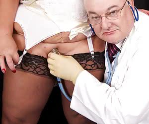Hi Guys, The Doctor is in the House and time to get my hands on Warm Sweet Honey and believe me thats a lot of women to