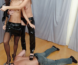 A femdom pictures gellery