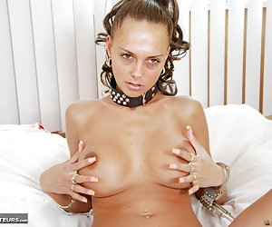 Jolee Jordan, big tits nude young whore playing with a big dildo.