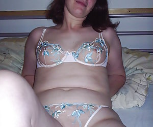 Mature Wifes