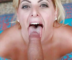 Blonde mature takes deep in mouth