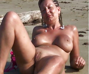 Naked Pussy