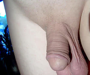 My small penis and bad body! I'm an italian loser gall