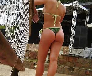 Hot pictures of girlfriends in their most sexiest strings