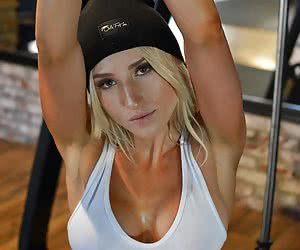 Arms Up Porn Pictures